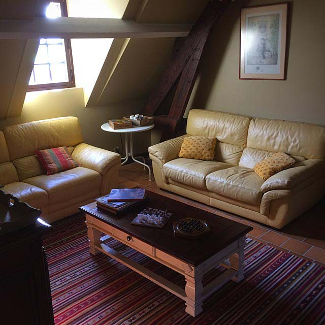 The small lounge of the Moulin du Boisset
